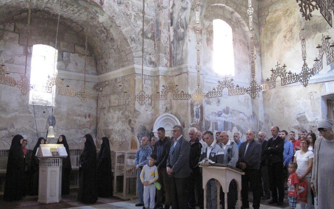 Гости из Пожеге, боравак у манастиру Ђурђеви Ступови
