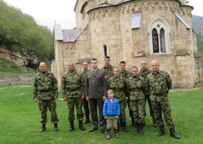 Skola, vojska i crkva na jednom mestu 04