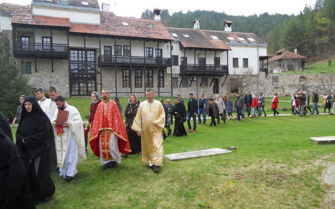 Благовести – храмовна слава манастира Градац